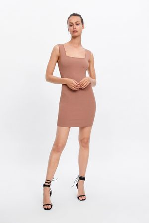 Zara Vestido tubo corto