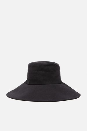 Zara Sombrero bucket edición limitada