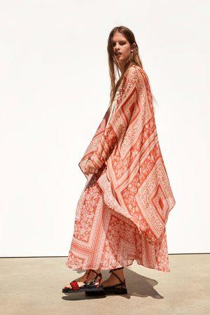 Zara Kimono estampado