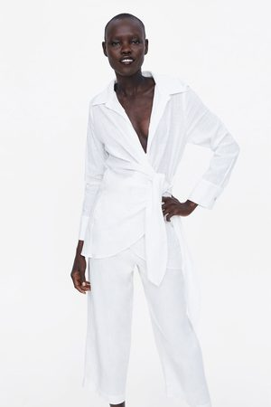 Zara Blusa asimétrica nudo