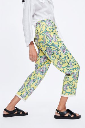 pantalones estampado amarillo zara