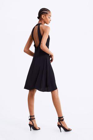 Zara Vestido cuello halter