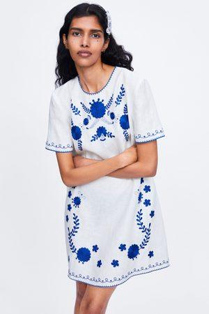 Zara Vestido bordados lino