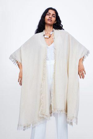 Zara Kimono largo flecos