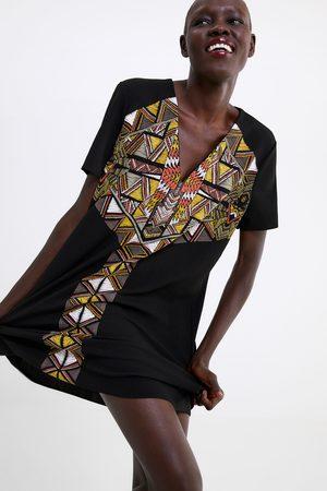 Zara Vestido textura estampado