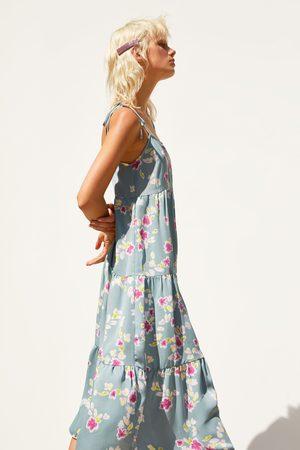 Zara Vestido satinado flores