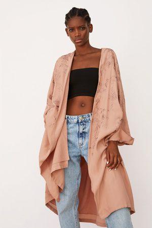 Zara Kimono bordado edición limitada