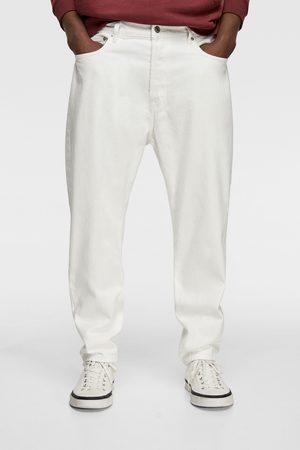 7f65342000 Compra Zara Pantalones Y Jeans de hombre online