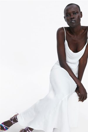 Zara Vestido lencero satinado