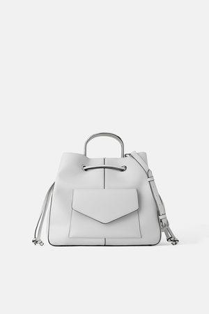 Zara Bolso saco asas metal