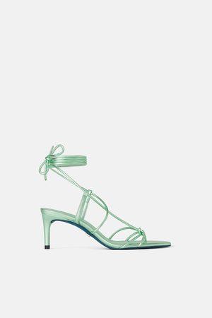 Zara Mujer Tacones - Zapato tacón medio piel metalizado blue collection