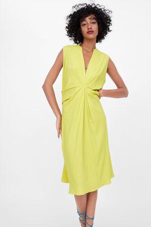 Zara Vestido pliegues textura