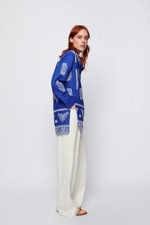 Zara Blusa bordados contraste