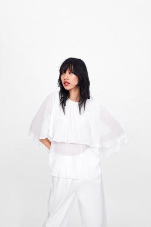 Zara Blusa plisada capa