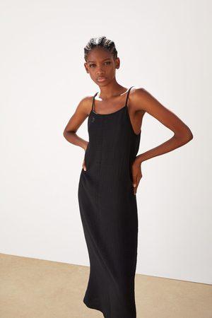 Zara Vestido textura lazada