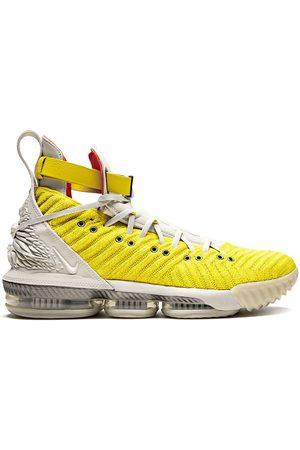Nike Tenis Lebron 16