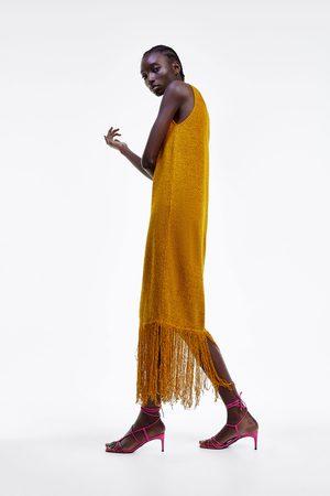 Zara Vestido rústico flecos