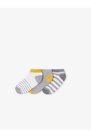 Zara Pack tres calcetines cortos estampado