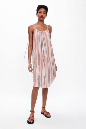 Zara Vestido rústico rayas
