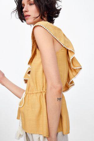 Zara Mujer Camisas - Cuerpo asimétrico volante