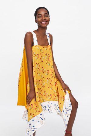 Zara Vestido asimétrico estampado floral