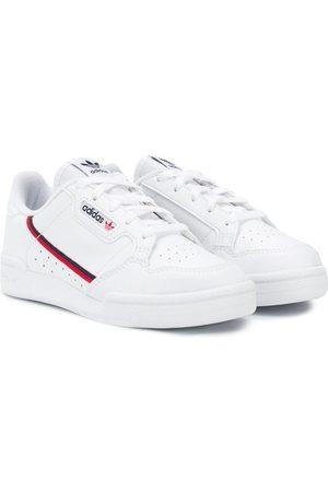 adidas Tenis con raya lateral