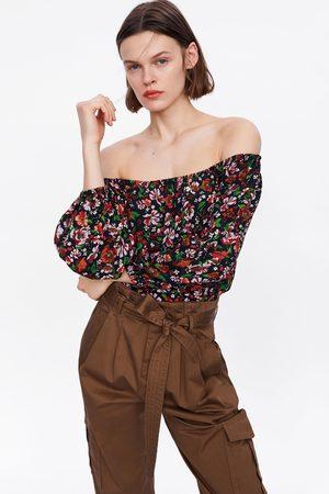 Zara Blusa estampado floral