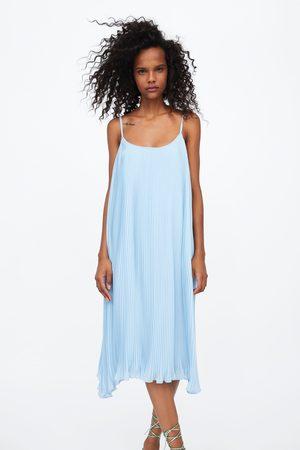 Zara Vestido plisado tirantes