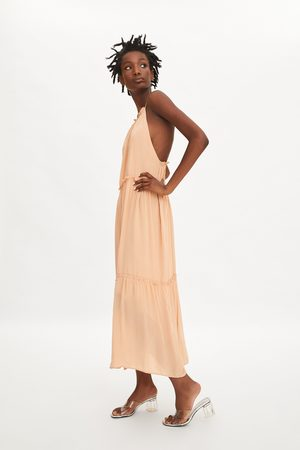Zara Vestido largo volantes