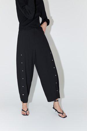 Zara Mujer Anchos y de harem - Pantalón ancho apliques