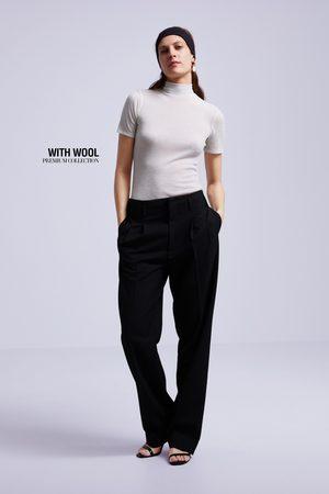 Zara Camiseta premium cuello subido