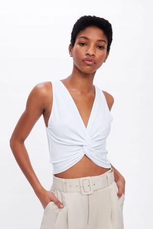 Zara Camiseta estructura nudo