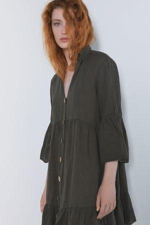 Zara Vestido volantes botones