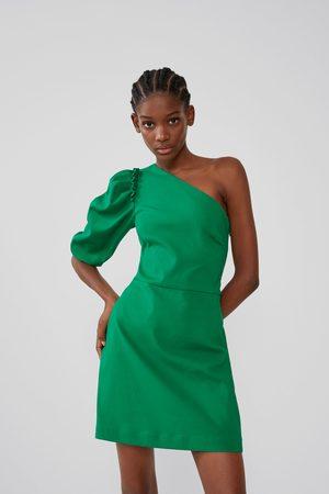 Zara Vestido asimétrico