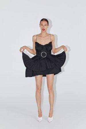 Zara Vestido mini cinturón