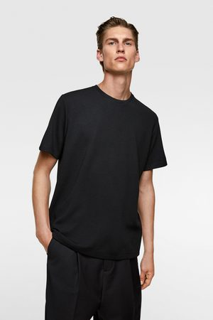 Zara Camiseta estructura horizontal