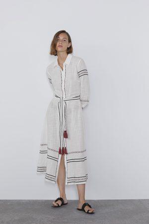Zara Vestido camisero bordados
