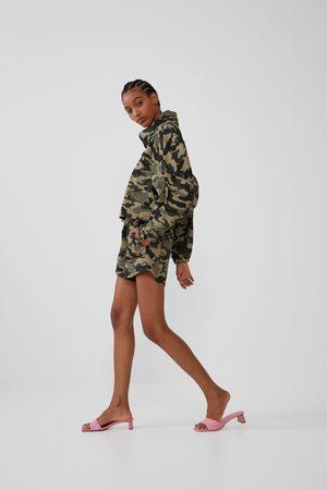 Zara Shorts elásticos