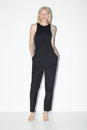 Zara Sandalia piel tacón medio tiras