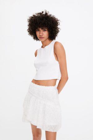 Zara Mujer Minifaldas - Falda mini textura volante