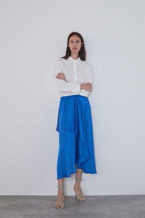 Zara Falda asimétrica satinada