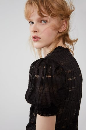 Zara Camiseta estructura