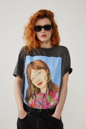 Zara Camiseta estampado frontal