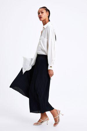 Zara Pantalón plisado ancho