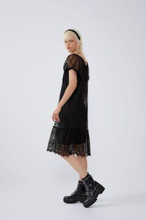 Zara Vestido encaje