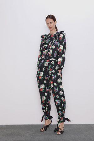 Zara Pantalón estampado floral