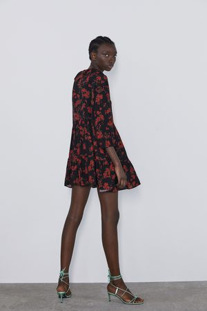 Zara Vestido estampado floral