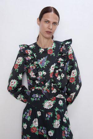 Zara Blusa estampado floral volante