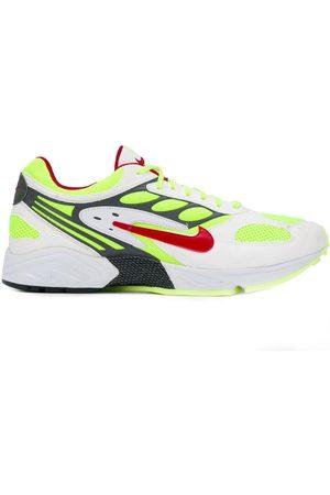 Nike Tenis con malla en la parte superior