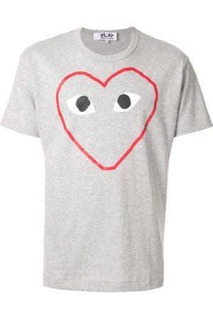 Comme des Garçons Camiseta Play con logo